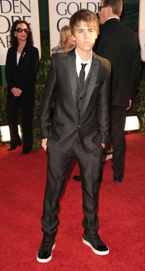 golden globes justin bieber 2011. Justin Bieber Golden Globes