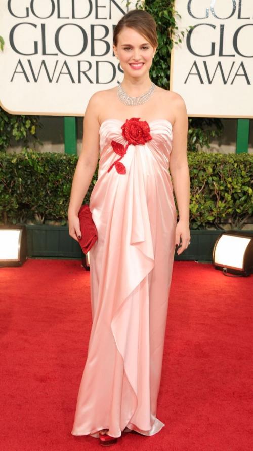 Looks I Love At The Golden Globes 2011 » Natalie Portman Golden Globes 2011